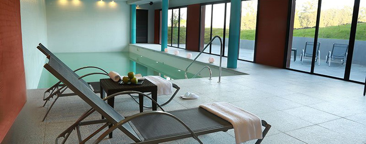 Indoor Pool Regency Park Hotel + Spa en Montevideo