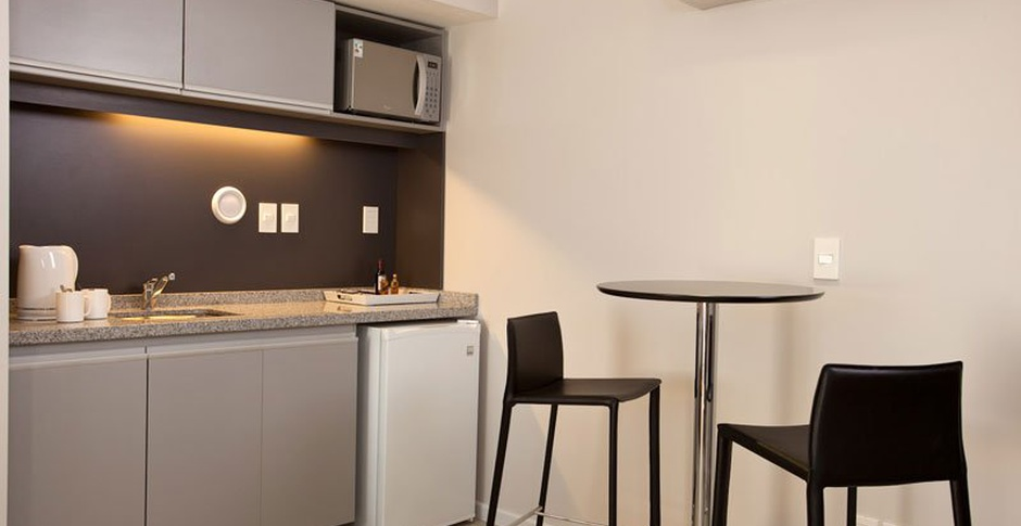 Equipped Kitchenette Regency Rambla Design Apart Hotel en Montevideo